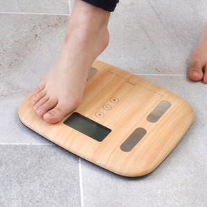 木目調体重体組成計